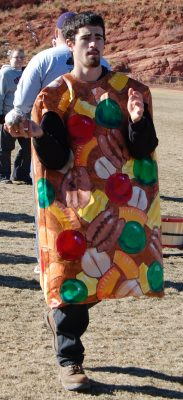 primary-Manitou-Springs-Great-Fruitcake-Toss-1484615670