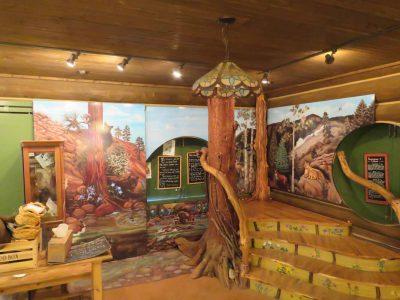 North Cheyenne Canon: Helen Hunt Falls Visitor Cen...