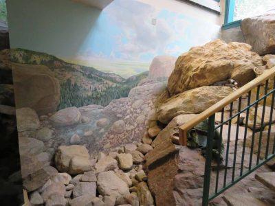North Cheyenne Canon: Starsmore Visitor Center: Sl...