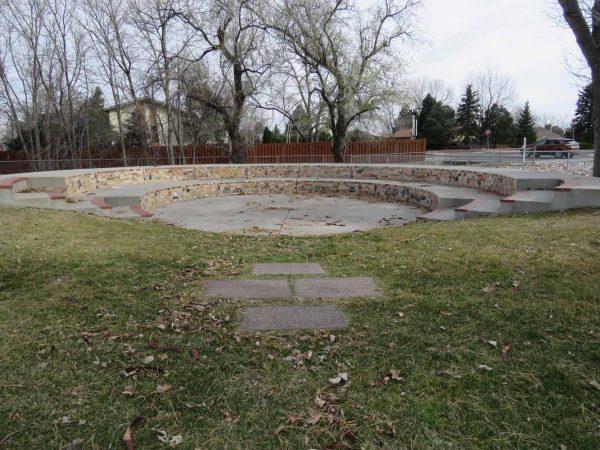 Broadmoor Elementary School: Herzog Memorial Amphitheater