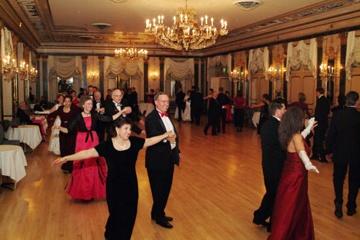 Broadmoor Waltz Club